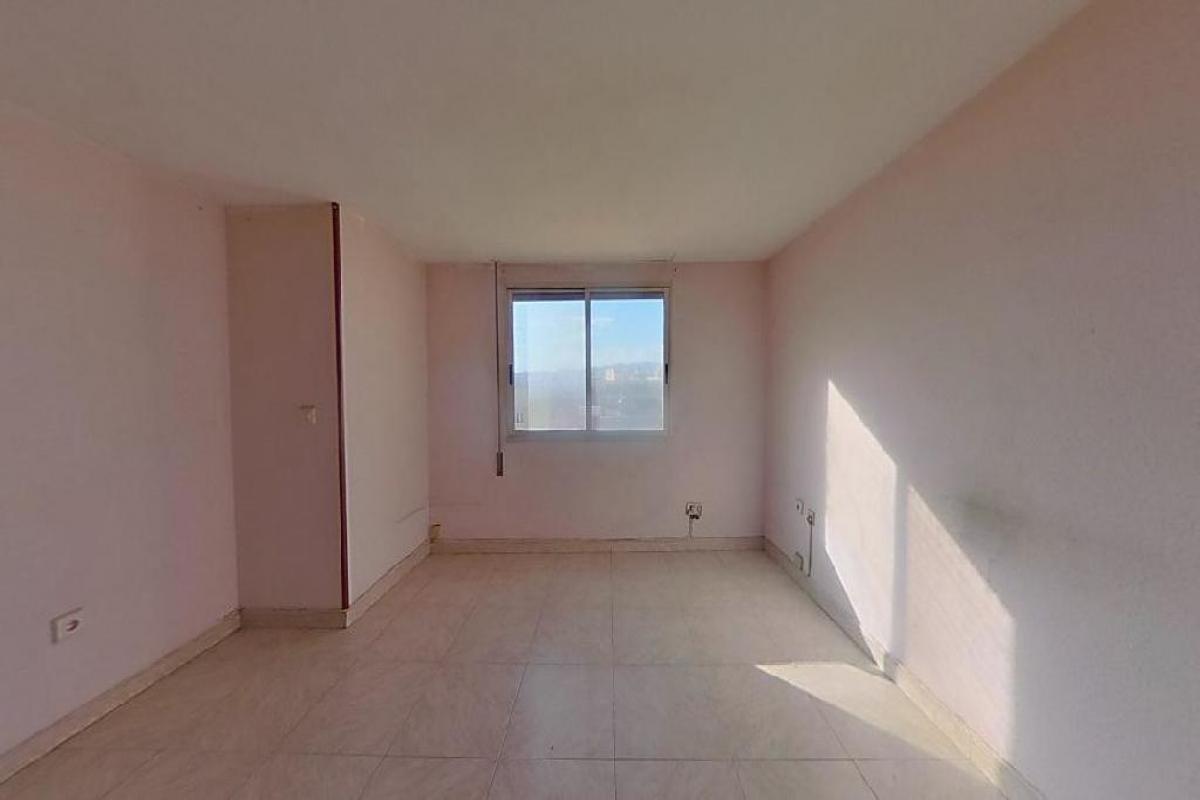 Piso en venta en Gandia, Valencia, Calle Gabriel Miro, 46.500 €, 3 habitaciones, 2 baños, 139 m2