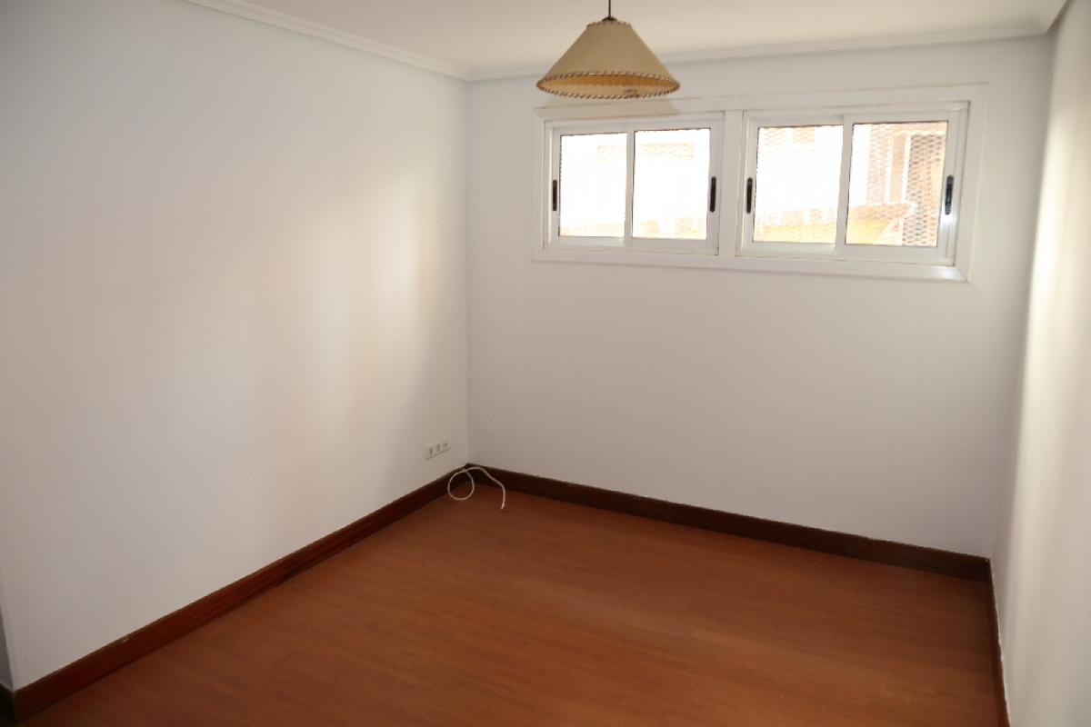 Piso en venta en Arangoiti, Bilbao, Vizcaya, Calle Gorbea, 122.000 €, 3 habitaciones, 1 baño, 73 m2