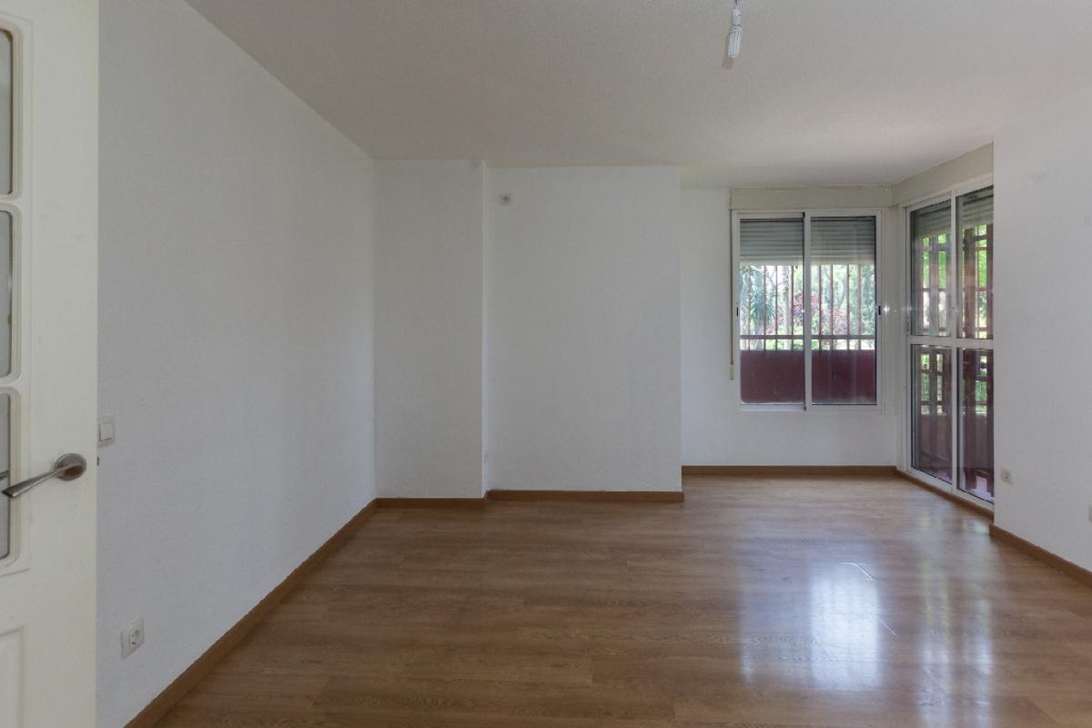Piso en venta en Distrito Este-alcosa-torreblanca, Sevilla, Sevilla, Calle Cueva de la Pileta, 202.500 €, 3 habitaciones, 2 baños, 104 m2