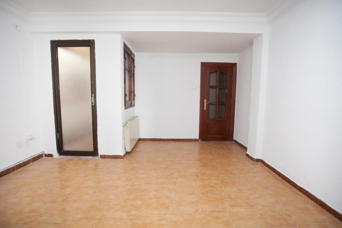 Piso en venta en Las Fuentes, Zaragoza, Zaragoza, Calle Minas, 97.000 €, 3 habitaciones, 1 baño, 72 m2