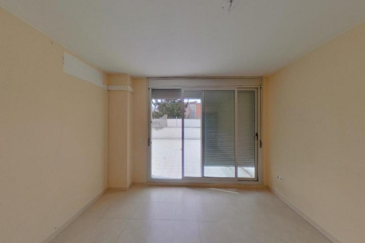 Piso en venta en Salt, Girona, Calle Prudenci Bertrana, 141.000 €, 2 habitaciones, 1 baño, 117 m2