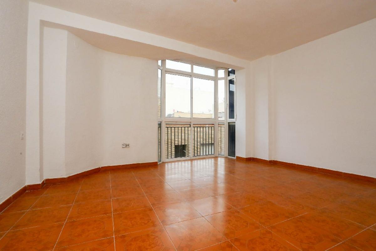 Piso en venta en Monte Vedat, Torrent, Valencia, Calle Santo Tomas, 70.500 €, 4 habitaciones, 1 baño, 101 m2