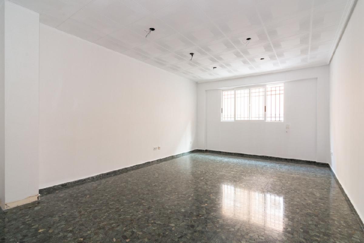 Piso en venta en Pobles del Sud, Valencia, Valencia, Calle Fortuna, 155.500 €, 4 habitaciones, 2 baños, 142 m2