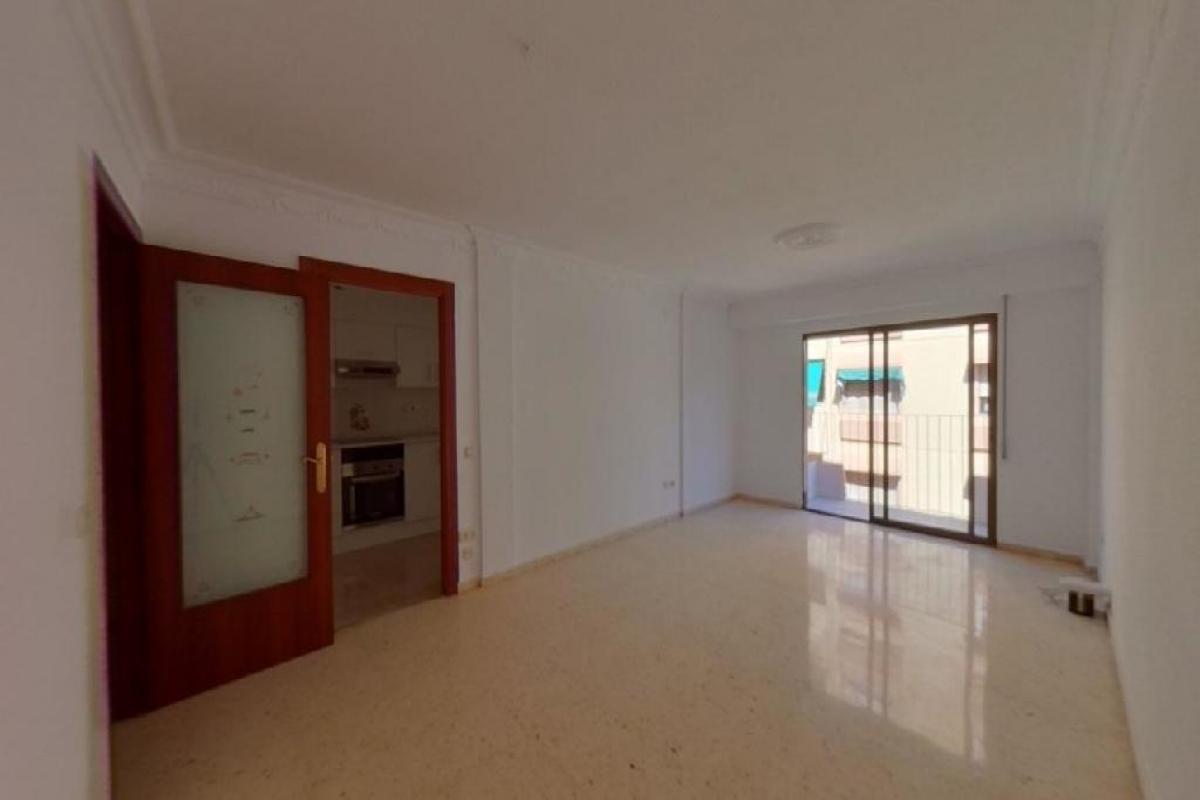Piso en venta en Alfafar, Valencia, Calle Ramon Lacreu Navarro, 77.000 €, 2 habitaciones, 2 baños, 109 m2