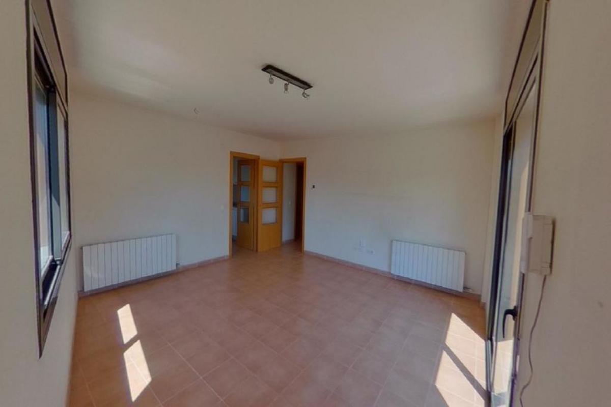 Piso en venta en Xalet Sant Jordi, Palafrugell, Girona, Calle Pompeu Fabra, 150.000 €, 3 habitaciones, 2 baños, 136 m2