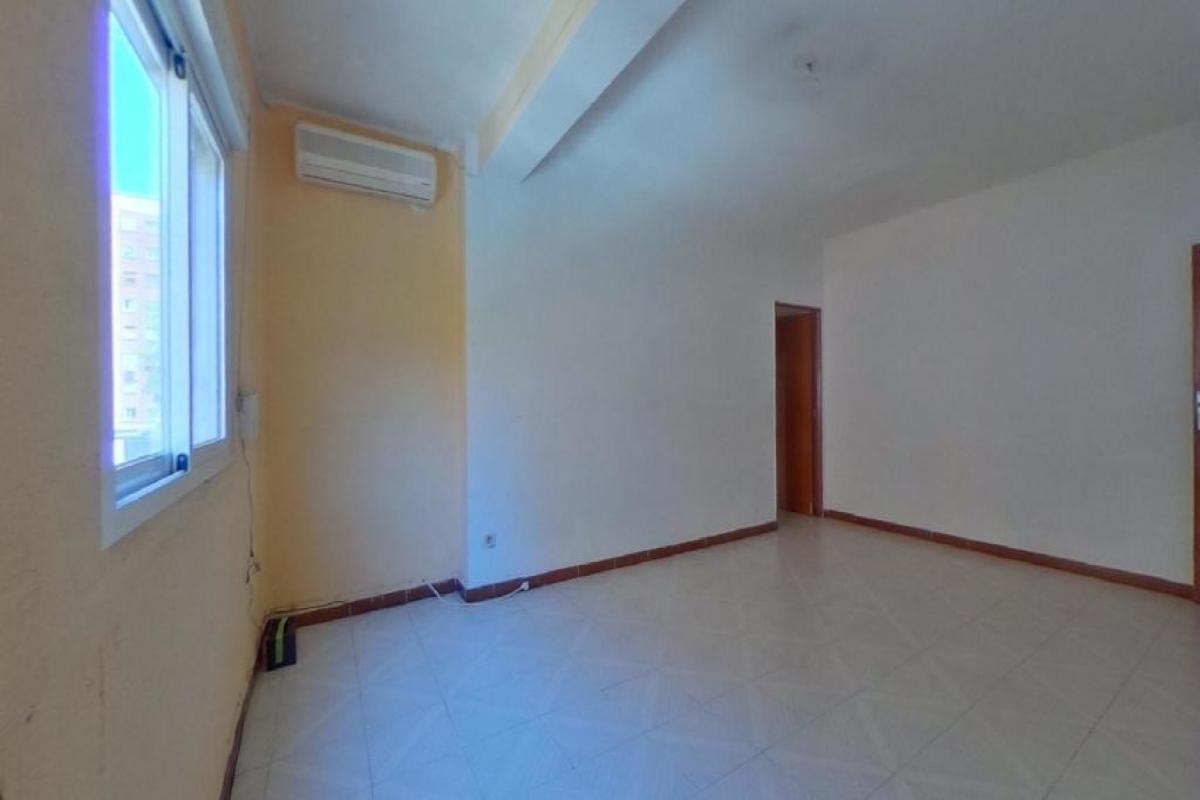 Piso en venta en La Saïdia, Valencia, Valencia, Calle Lugre, 103.500 €, 3 habitaciones, 1 baño, 71 m2