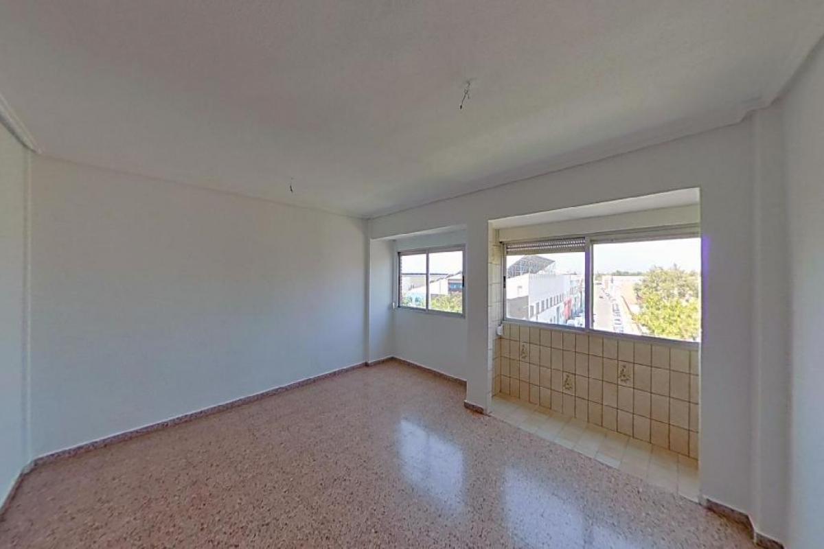 Piso en venta en Aldaia, Valencia, Calle Sant J Ribera, 73.000 €, 4 habitaciones, 1 baño, 97 m2