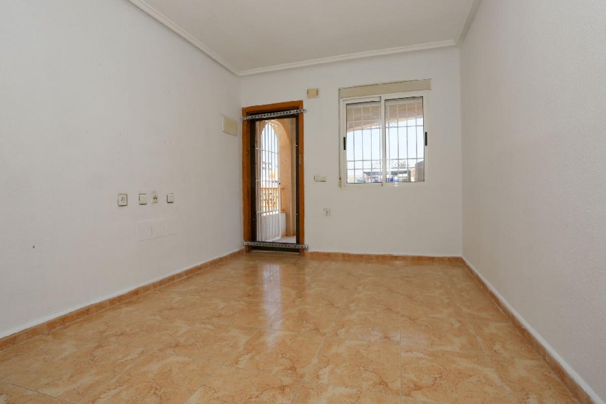 Piso en venta en La Mata, Torrevieja, Alicante, Calle Victor Garcia Villagordo, 87.500 €, 2 habitaciones, 1 baño, 54 m2