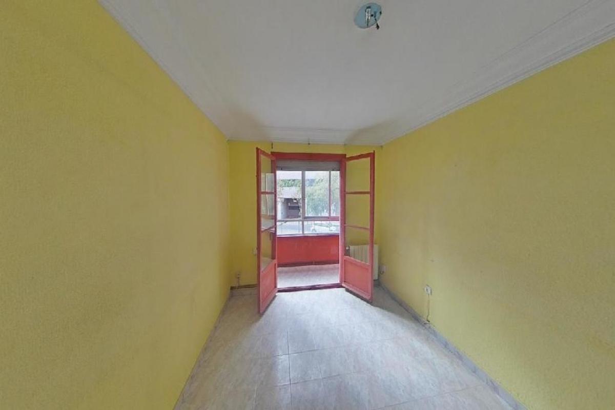 Piso en venta en La Magdalena, Zaragoza, Zaragoza, Calle Alto Aragon, 97.000 €, 3 habitaciones, 1 baño, 71 m2