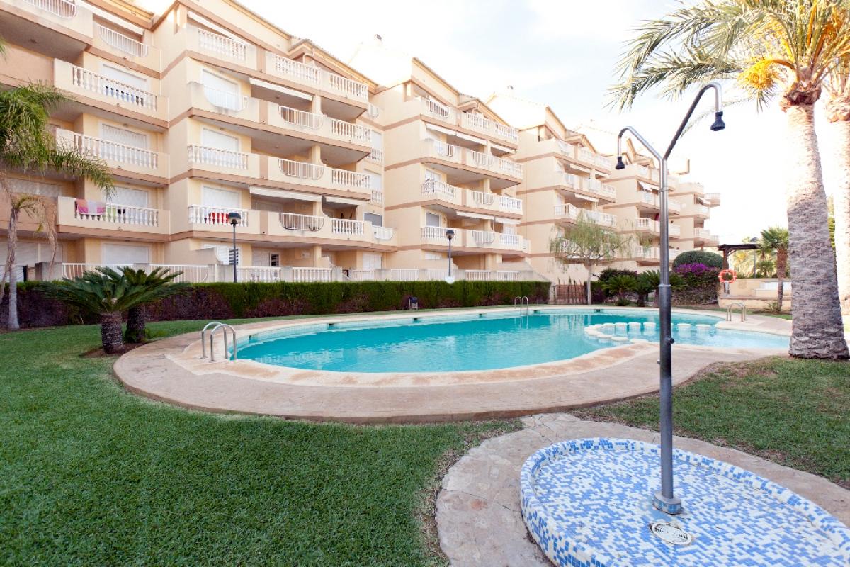 Piso en venta en La Pedrera, Dénia, Alicante, Calle Les Marines, 198.000 €, 2 habitaciones, 2 baños, 78 m2
