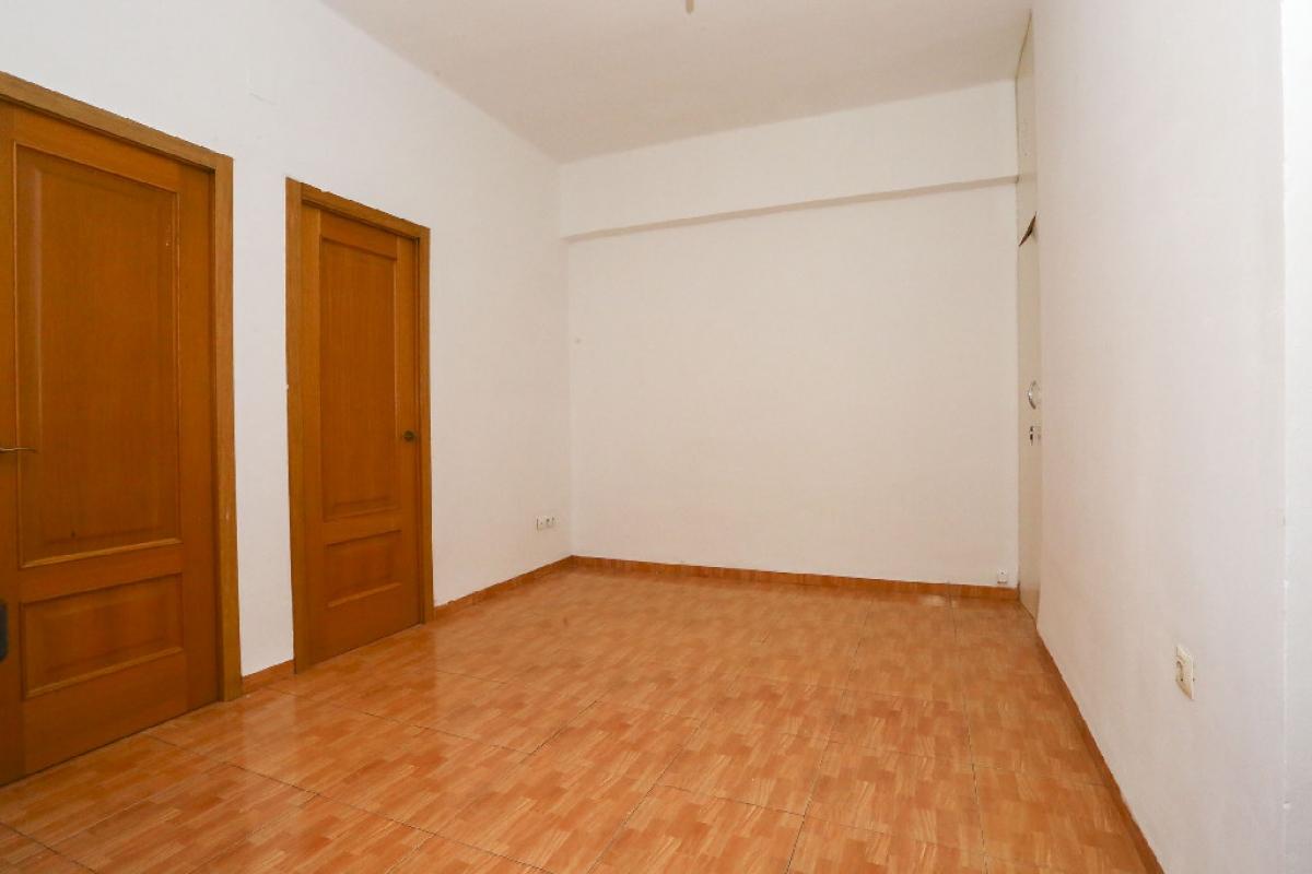Piso en venta en Camins Al Grau, Valencia, Valencia, Calle Jeronimo de Monsoriu, 147.500 €, 3 habitaciones, 1 baño, 74 m2