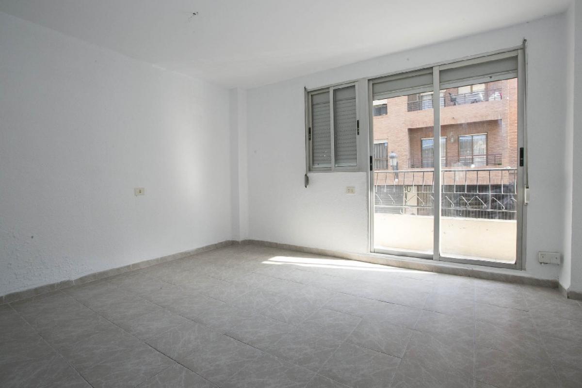 Piso en venta en Camins Al Grau, Valencia, Valencia, Calle Felipe Salvador, 84.000 €, 2 habitaciones, 1 baño, 53 m2