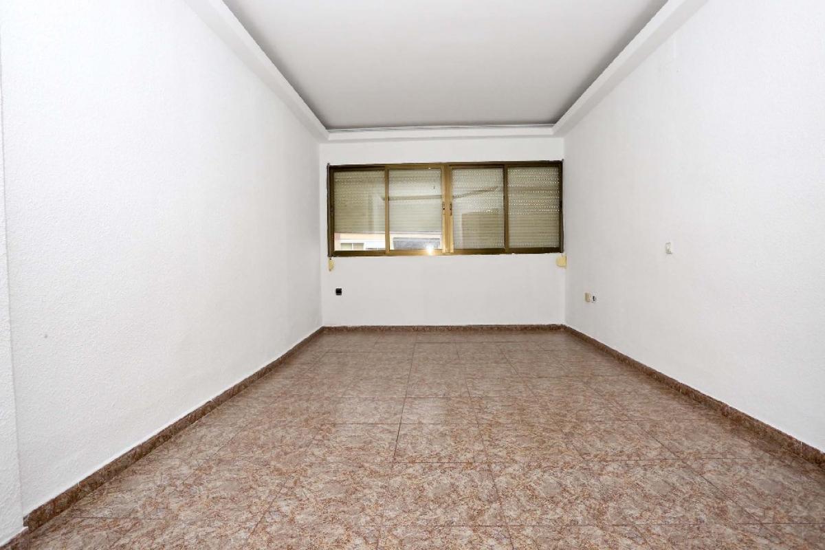 Piso en venta en Alaquàs, Valencia, Calle Miguel Hernandez, 78.500 €, 3 habitaciones, 1 baño, 74 m2