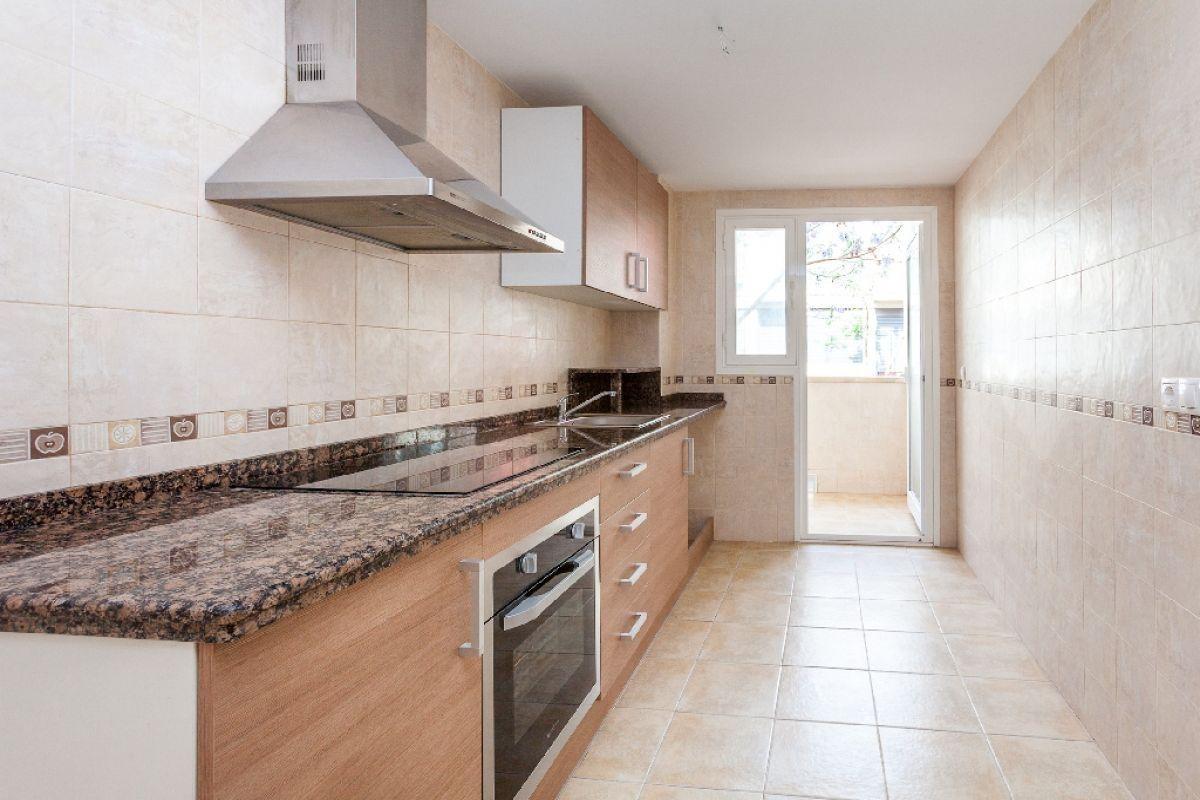 Piso en venta en San Vicente del Raspeig/sant Vicent del Raspeig, Alicante, Calle Breton de los Herreros, 136.500 €, 4 habitaciones, 2 baños, 130 m2