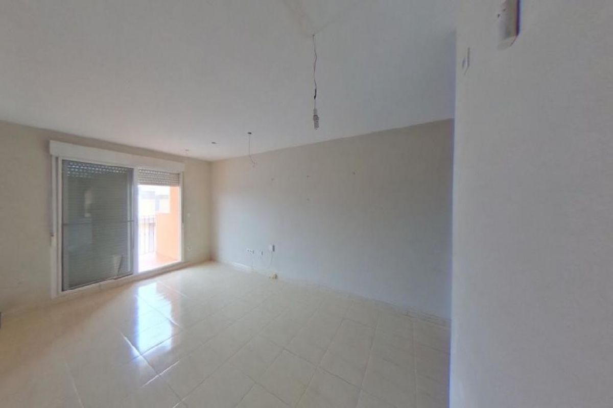 Piso en venta en San Vicente del Raspeig/sant Vicent del Raspeig, Alicante, Calle Bailén, 114.500 €, 2 habitaciones, 2 baños, 88 m2