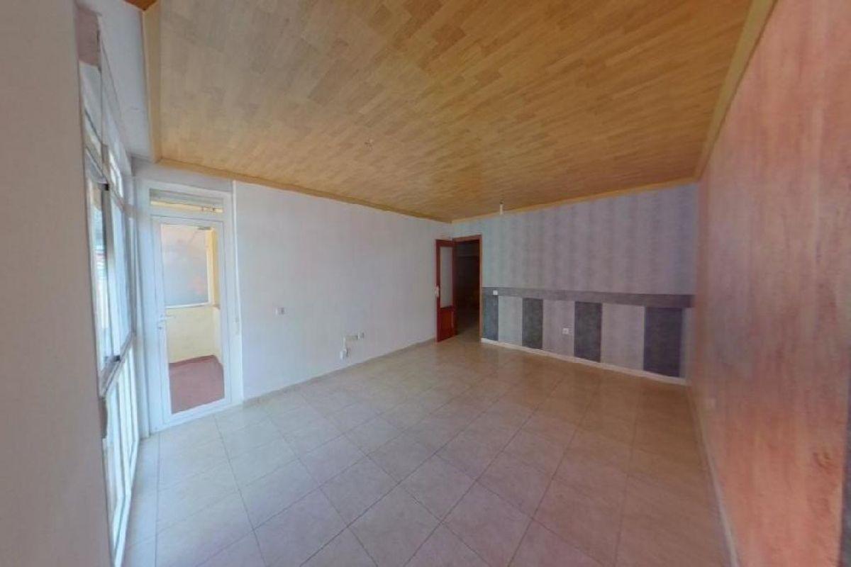 Piso en venta en Arona, Santa Cruz de Tenerife, Calle Almadraba, 134.000 €, 3 habitaciones, 2 baños, 125 m2