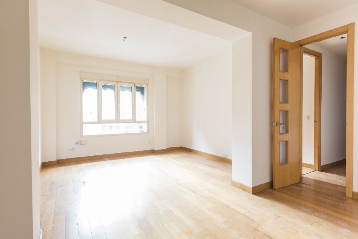 Piso en venta en Valencia, Valencia, Calle Primado Reig, 190.000 €, 3 habitaciones, 2 baños, 126 m2