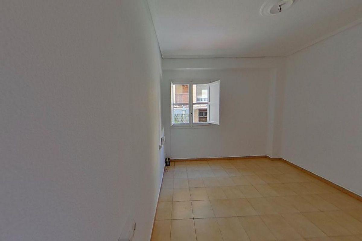 Piso en venta en Valencia, Valencia, Calle Bello, 129.000 €, 4 habitaciones, 1 baño, 80 m2