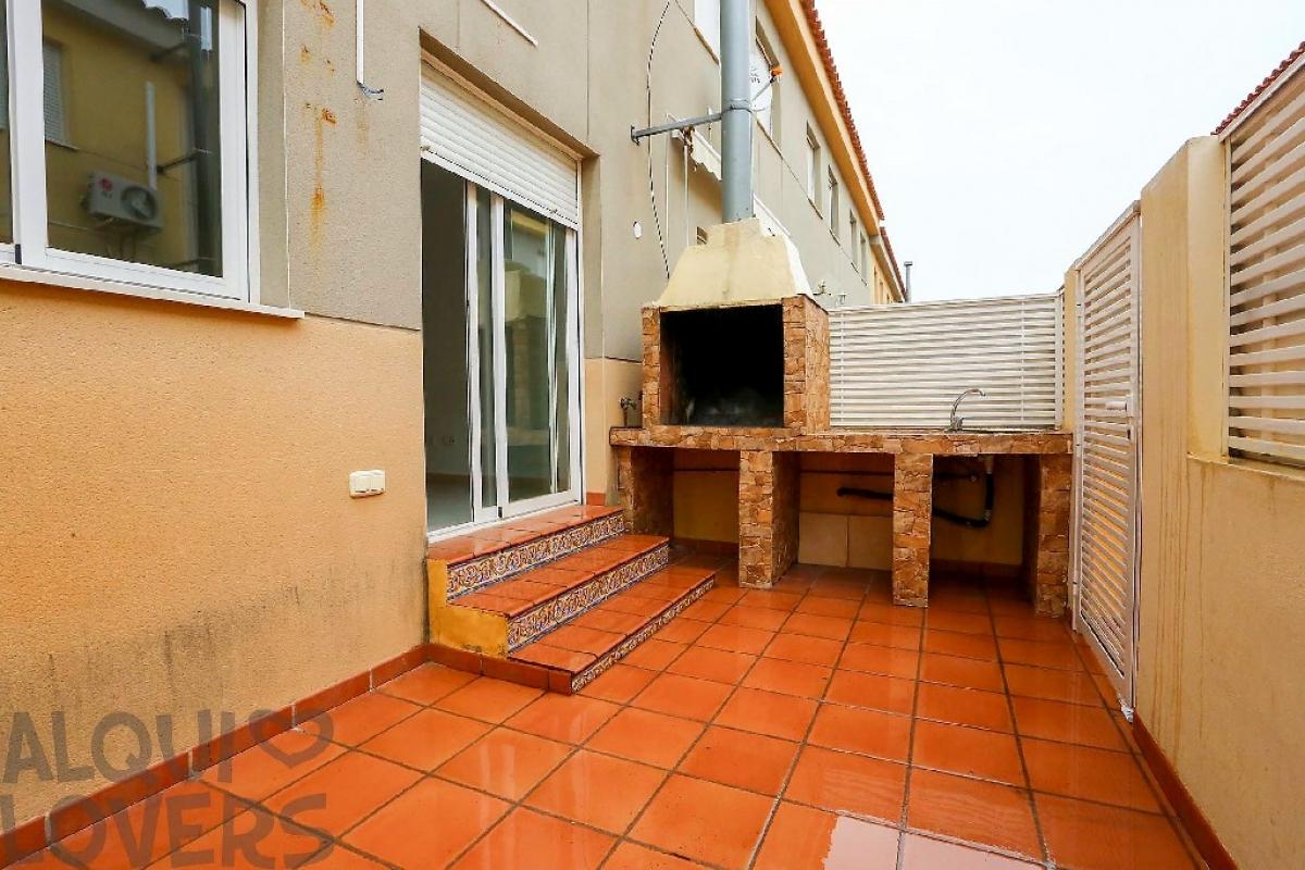 Casa en venta en Almazora/almassora, Castellón, Calle Om Blanc, 65.000 €, 3 habitaciones, 3 baños, 104 m2