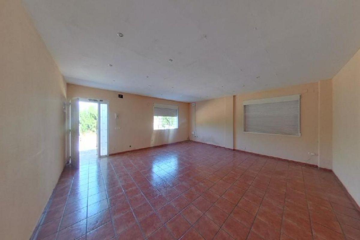 Casa en venta en Bétera, Valencia, Calle de los Serranos, 155.500 €, 3 habitaciones, 2 baños, 271 m2