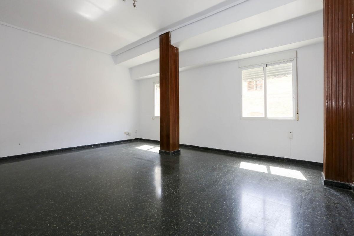 Piso en venta en La Saïdia, Valencia, Valencia, Calle Maña, 141.500 €, 4 habitaciones, 1 baño, 97 m2
