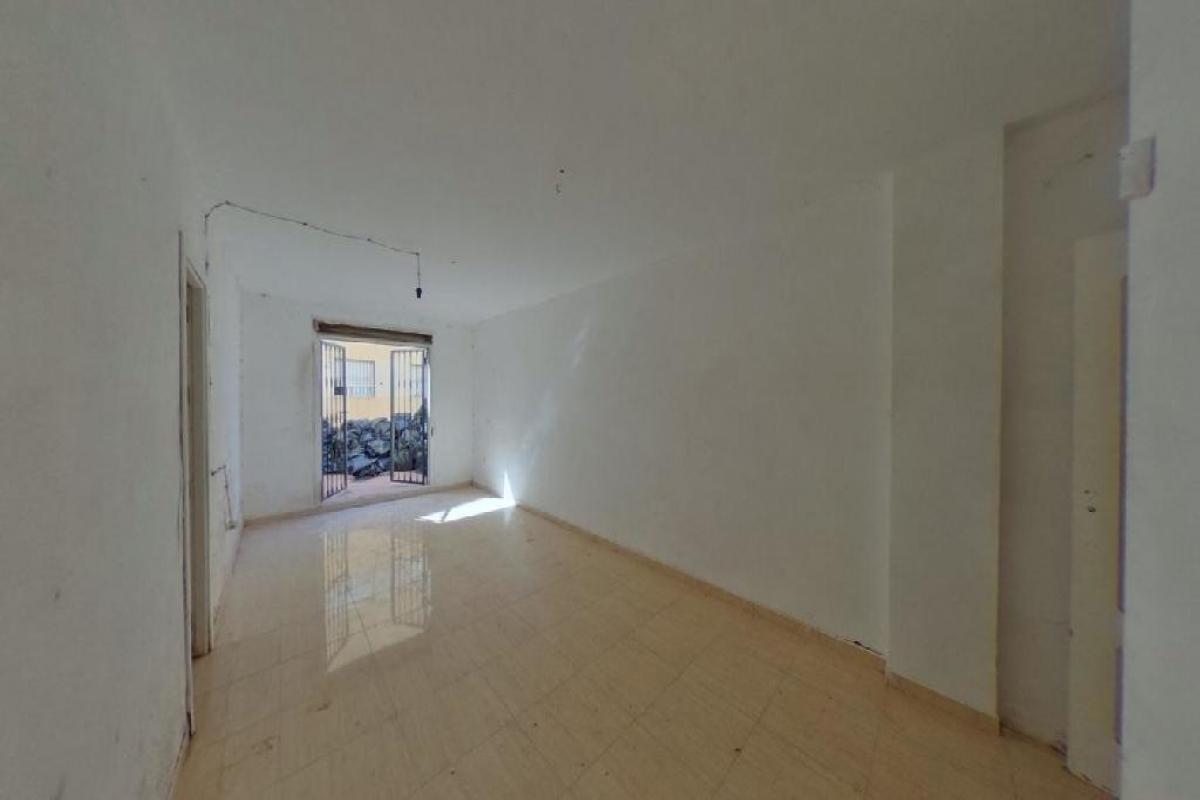 Piso en venta en Roquetas de Mar, Almería, Calle Ines, 53.000 €, 2 habitaciones, 1 baño, 75 m2