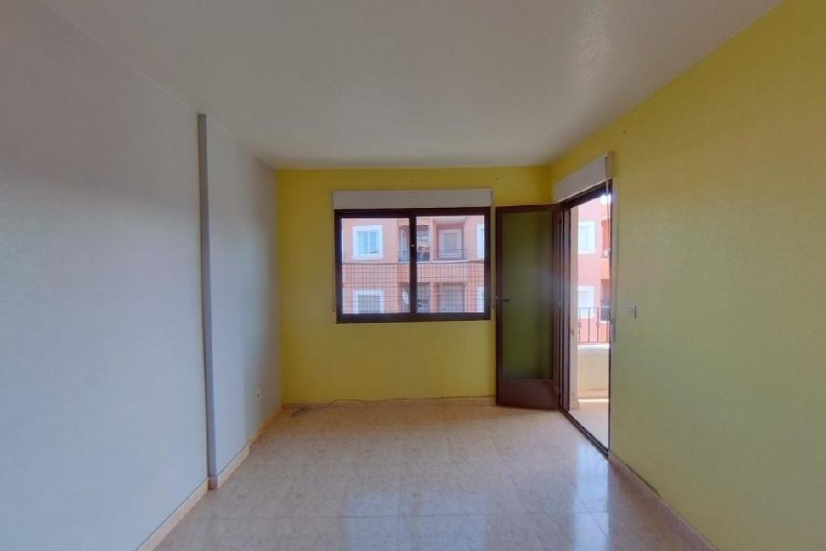 Piso en venta en San Miguel de Salinas, Alicante, Calle Calvario, 78.000 €, 3 habitaciones, 2 baños, 118 m2