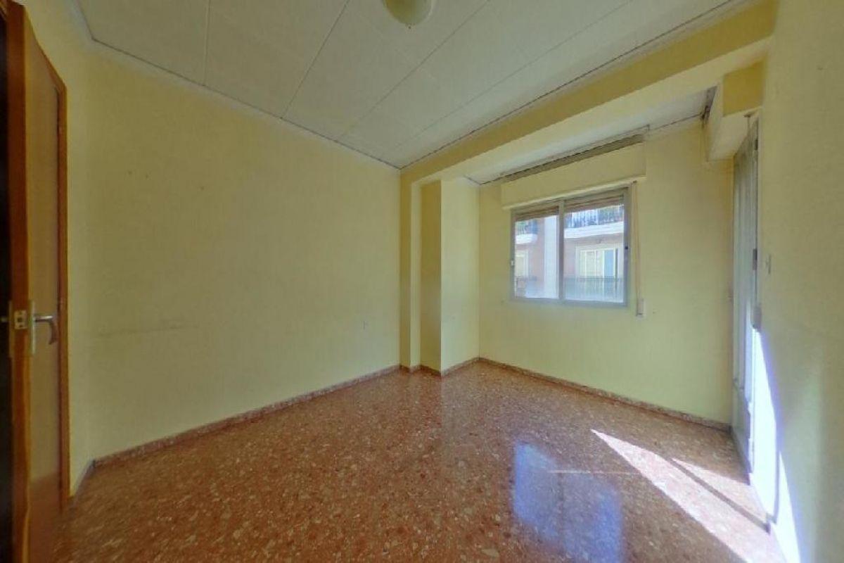 Piso en venta en Canals, Valencia, Calle Maestro Serrano, 66.000 €, 4 habitaciones, 2 baños, 108 m2