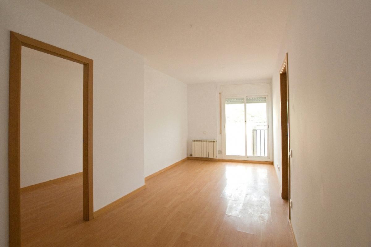 Piso en venta en Manlleu, Barcelona, Calle Sant Martí, 79.000 €, 2 habitaciones, 1 baño, 70 m2