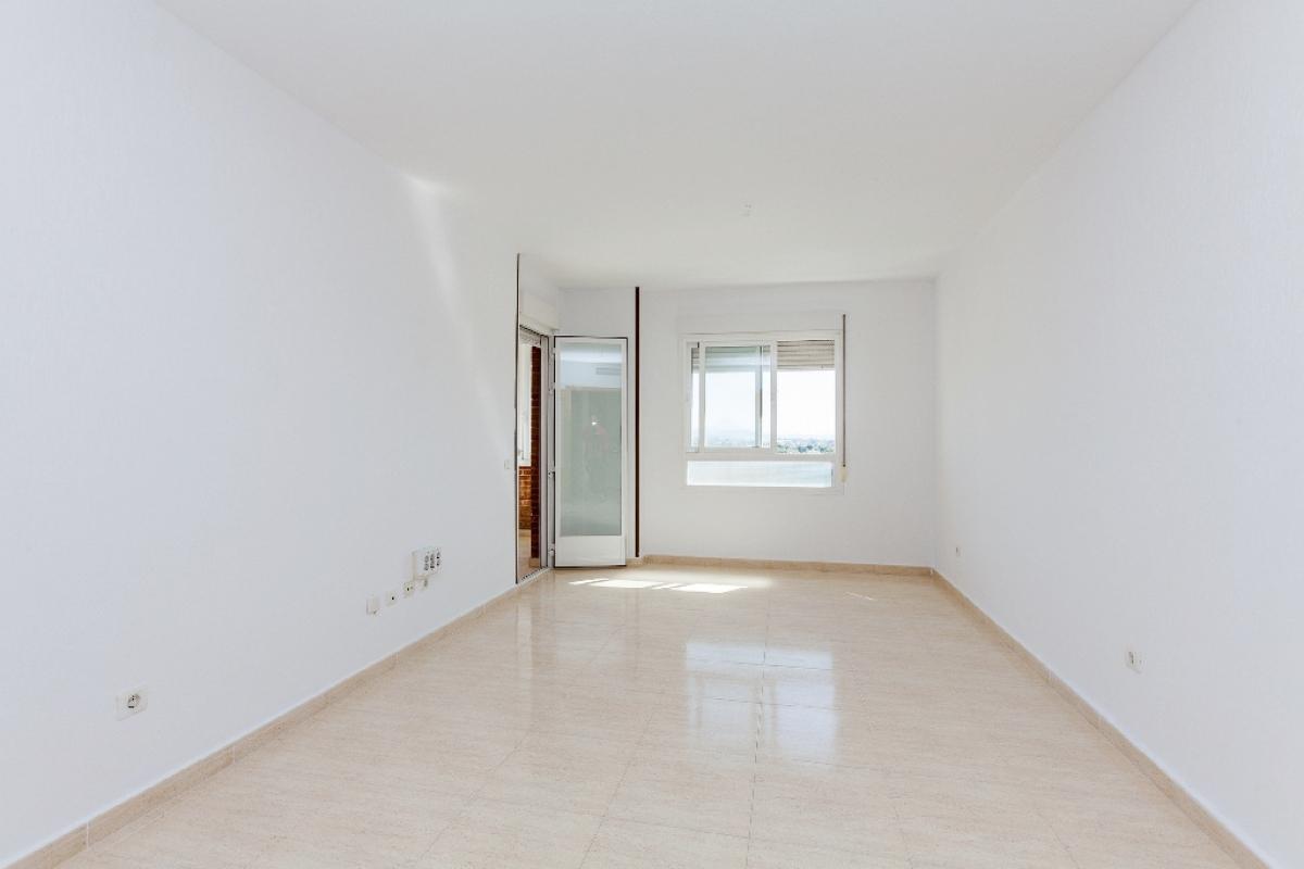 Piso en venta en San Vicente del Raspeig/sant Vicent del Raspeig, Alicante, Calle Riu Algar, 161.000 €, 7 baños, 98 m2