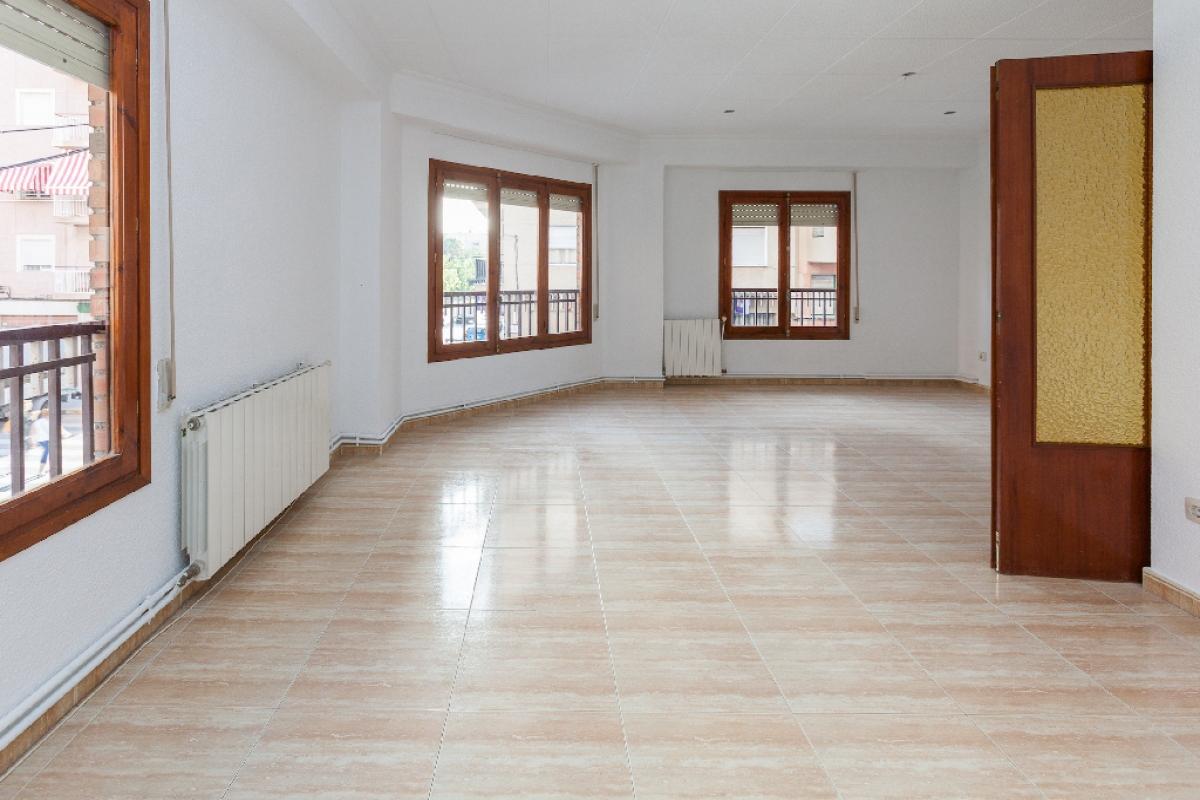 Piso en venta en Elche/elx, Alicante, Calle Francisco Aleman Perez, 122.000 €, 4 habitaciones, 2 baños, 124 m2