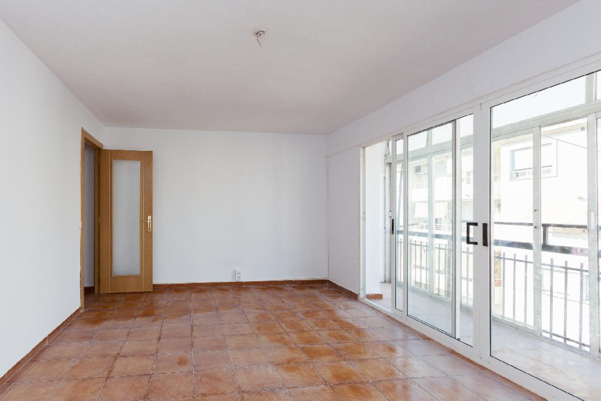 Piso en venta en Altea, Alicante, Calle Alt Rei Jaume I, 102.500 €, 3 habitaciones, 1 baño, 90 m2