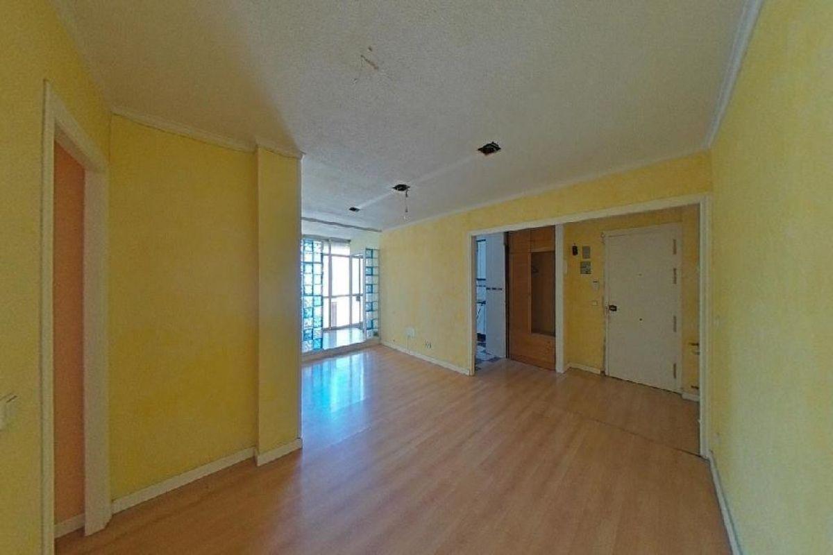 Piso en venta en Cerro - El Molino, Fuenlabrada, Madrid, Calle de la Naciones, 158.000 €, 3 habitaciones, 1 baño, 81 m2