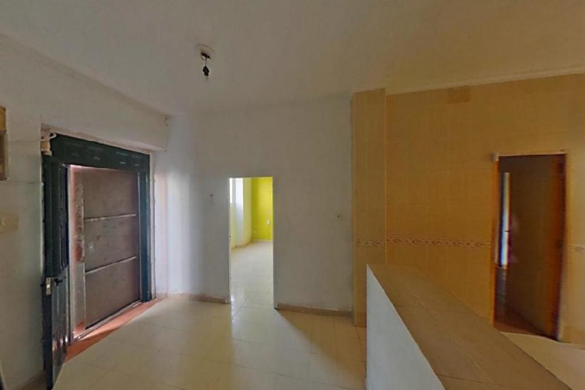 Casa en venta en Ezcaray, Algeciras, Cádiz, Calle San Francisco, 62.500 €, 5 habitaciones, 2 baños, 119 m2