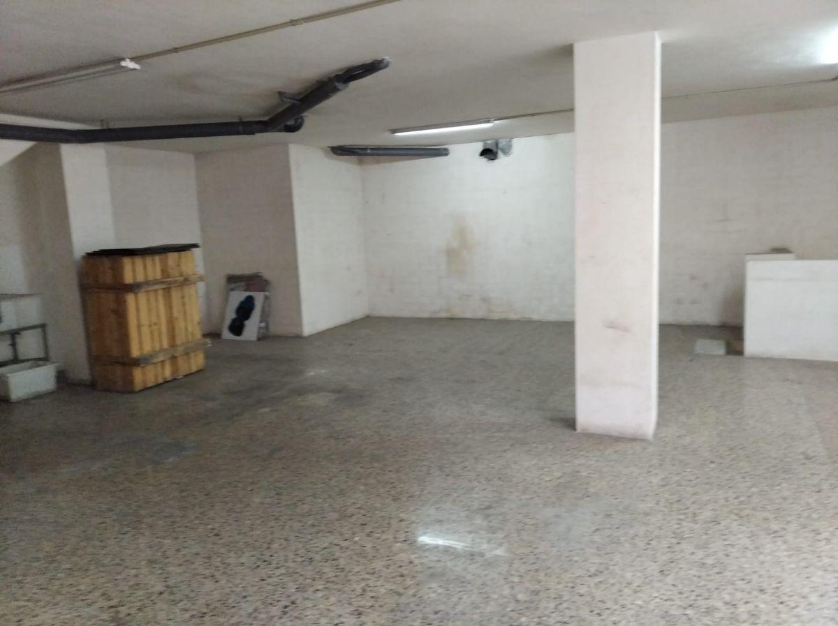 Local en venta en Local en Viladecans, Barcelona, 235.000 €, 300 m2