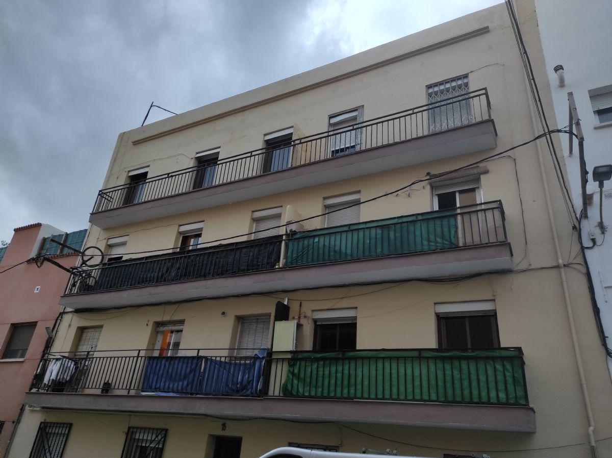Piso en venta en Les Roquetes del Garraf, Sant Pere de Ribes, Barcelona, Calle de Roger de Flor, 75.000 €, 3 habitaciones, 1 baño, 60 m2