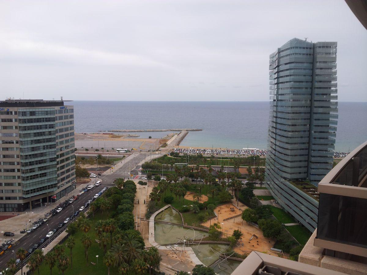 Piso en alquiler en Poble Nou, Barcelona, Barcelona, Calle Taulat, 2.500 €, 3 habitaciones, 2 baños, 114 m2