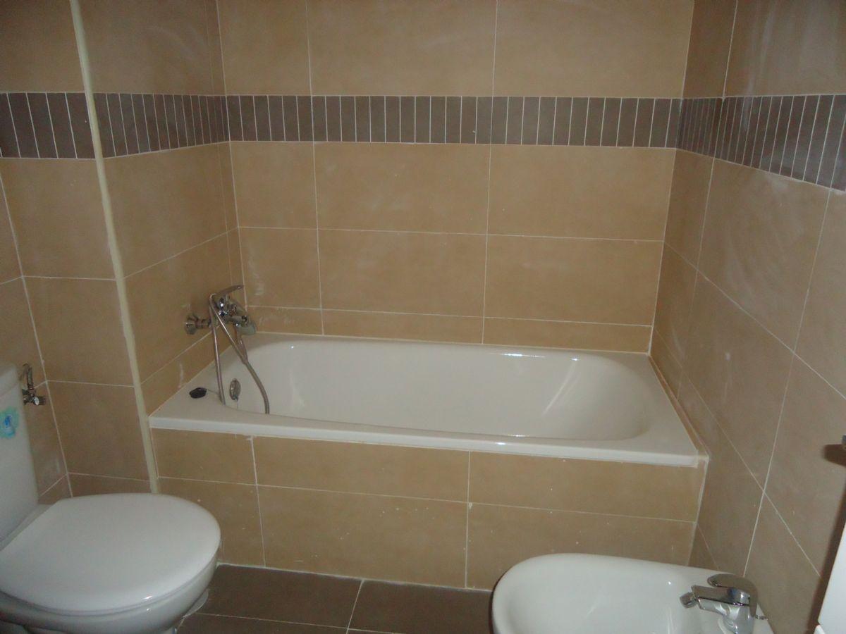 Piso en alquiler en Talavera de la Reina, Toledo, Calle Santa Rita, 320 €, 3 habitaciones, 2 baños, 95 m2