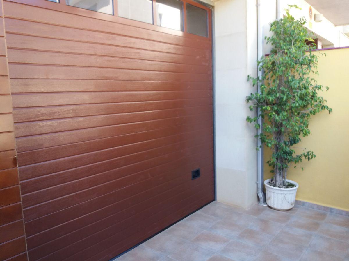 Casa en venta en Sueca, Valencia, Calle Zona Colegio Luis Vives, 300.000 €, 3 habitaciones, 4 baños, 225 m2