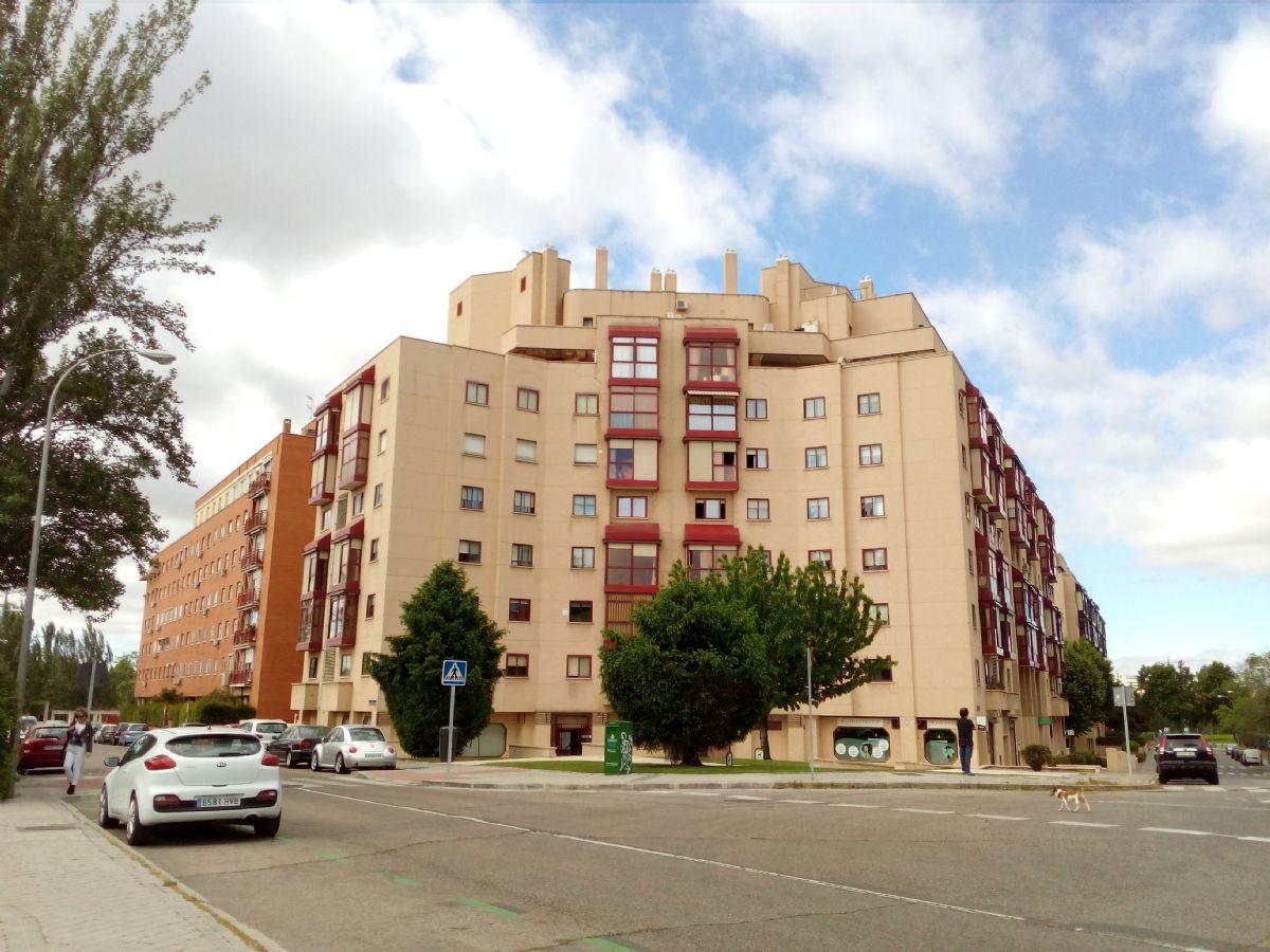 Piso en venta en Madrid, Madrid, Calle Puerto de la Cruz Verde, 325.000 €, 1 habitación, 1 baño, 65 m2