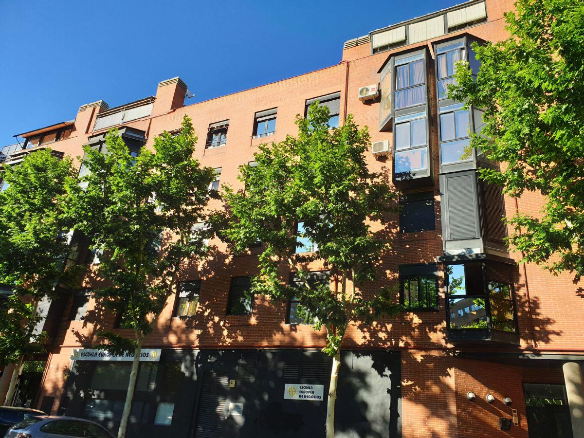 Piso en venta en Madrid, Madrid, Calle Santa Hortensia, 430.000 €, 2 habitaciones, 2 baños, 79 m2