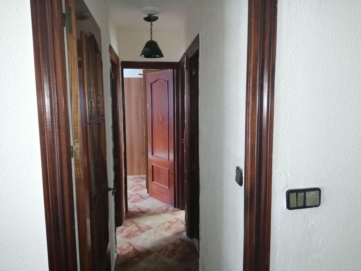 Piso en venta en Cádiz, Cádiz, Calle Julio Rico Sanz, 118.000 €, 3 habitaciones, 1 baño, 90 m2