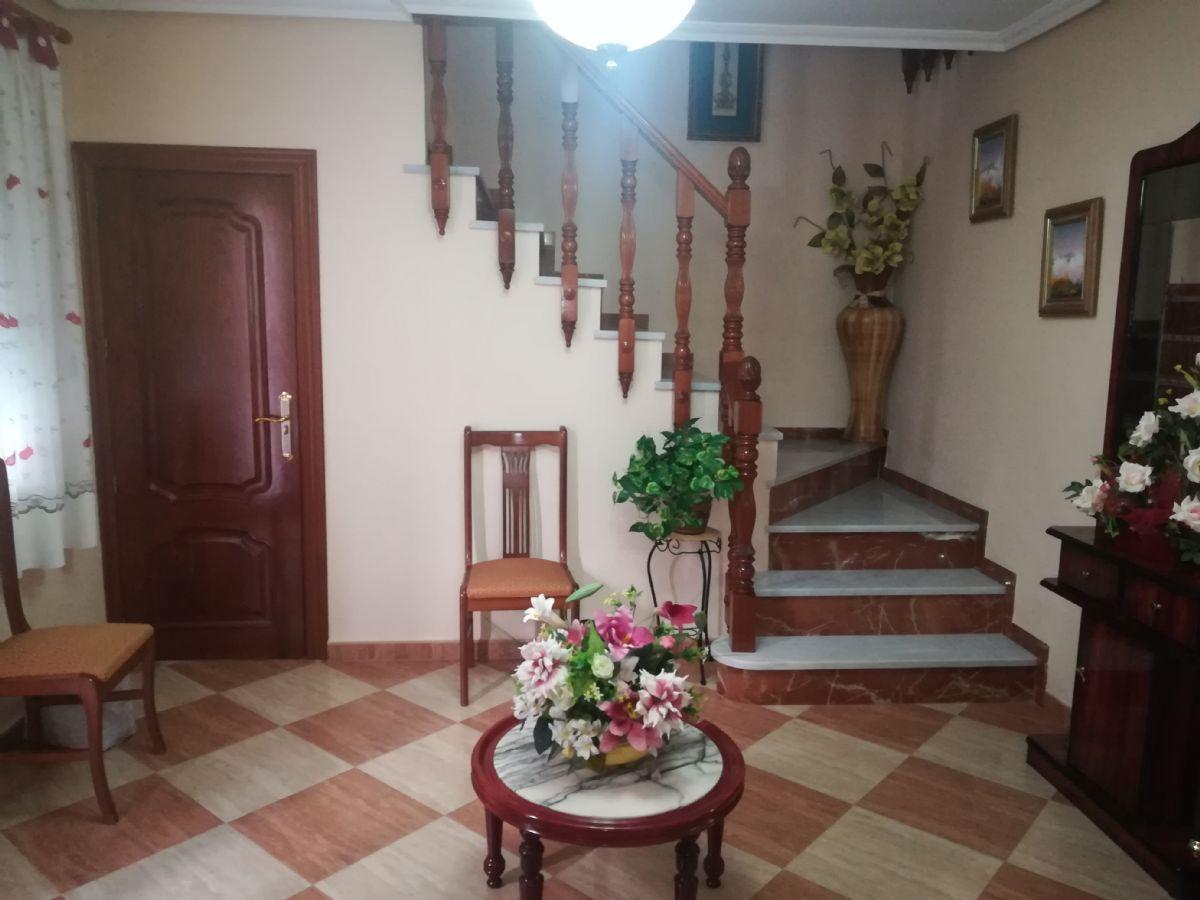 Casa en venta en Martos, Jaén, Calle Cobatillas Altas, 120.000 €, 4 habitaciones, 1 baño, 150 m2