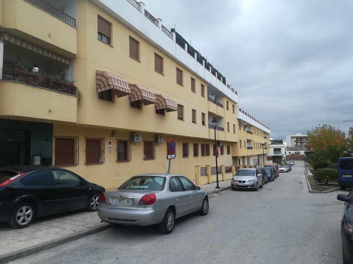 Piso en venta en Martos, Jaén, Plaza Ramon Albin, 149.000 €, 3 habitaciones, 2 baños, 96 m2