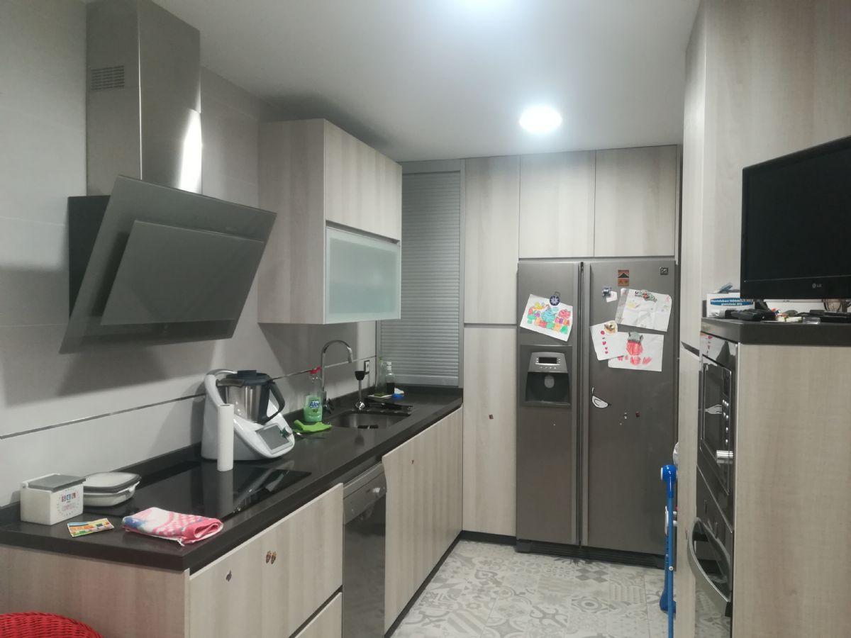 Casa en venta en Martos, Jaén, Calle la Via, 149.000 €, 2 habitaciones, 2 baños, 100 m2