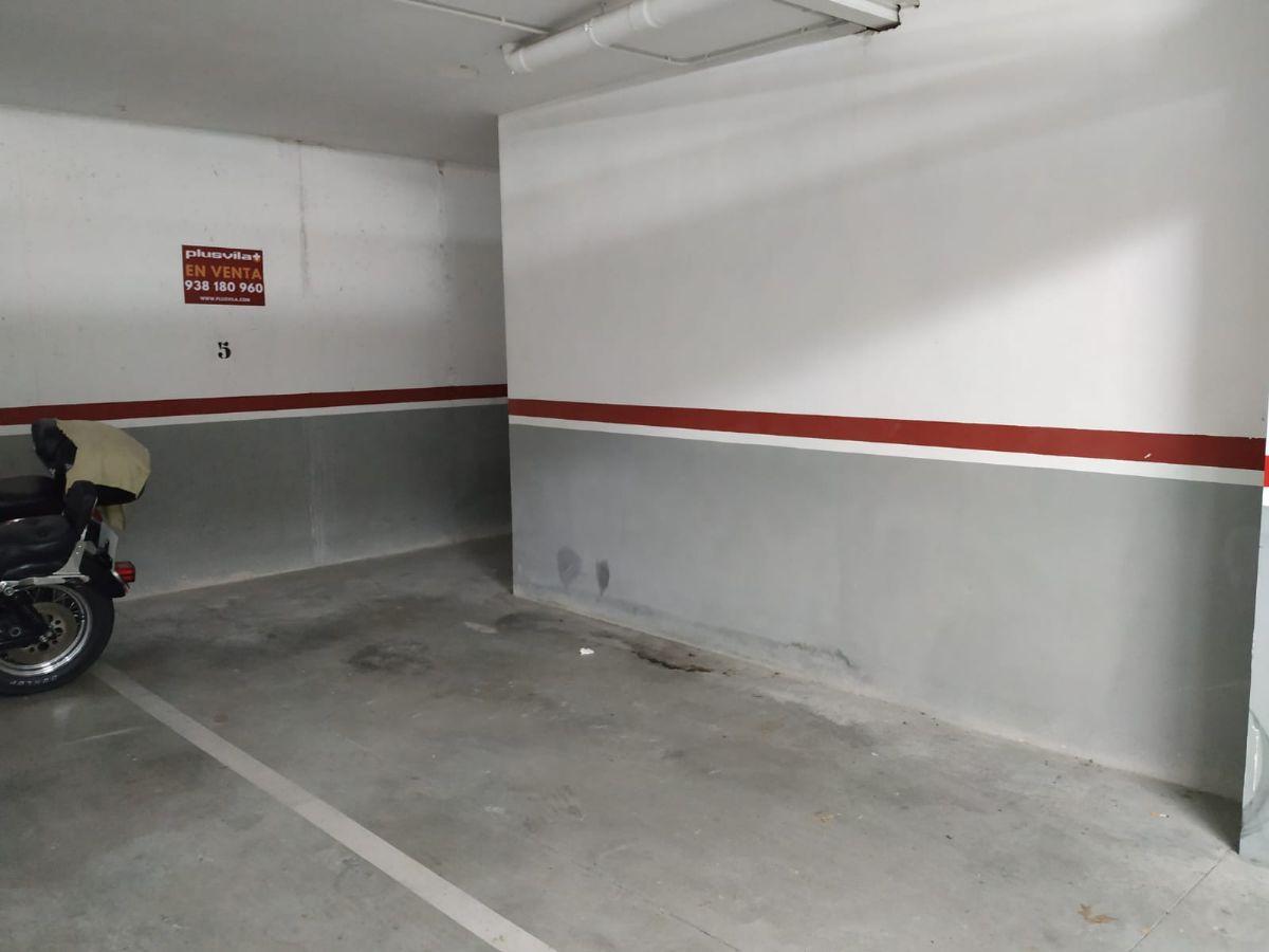 Parking en venta en Vilafranca del Penedès, Barcelona, Calle Montserrat, 8.990 €, 20 m2