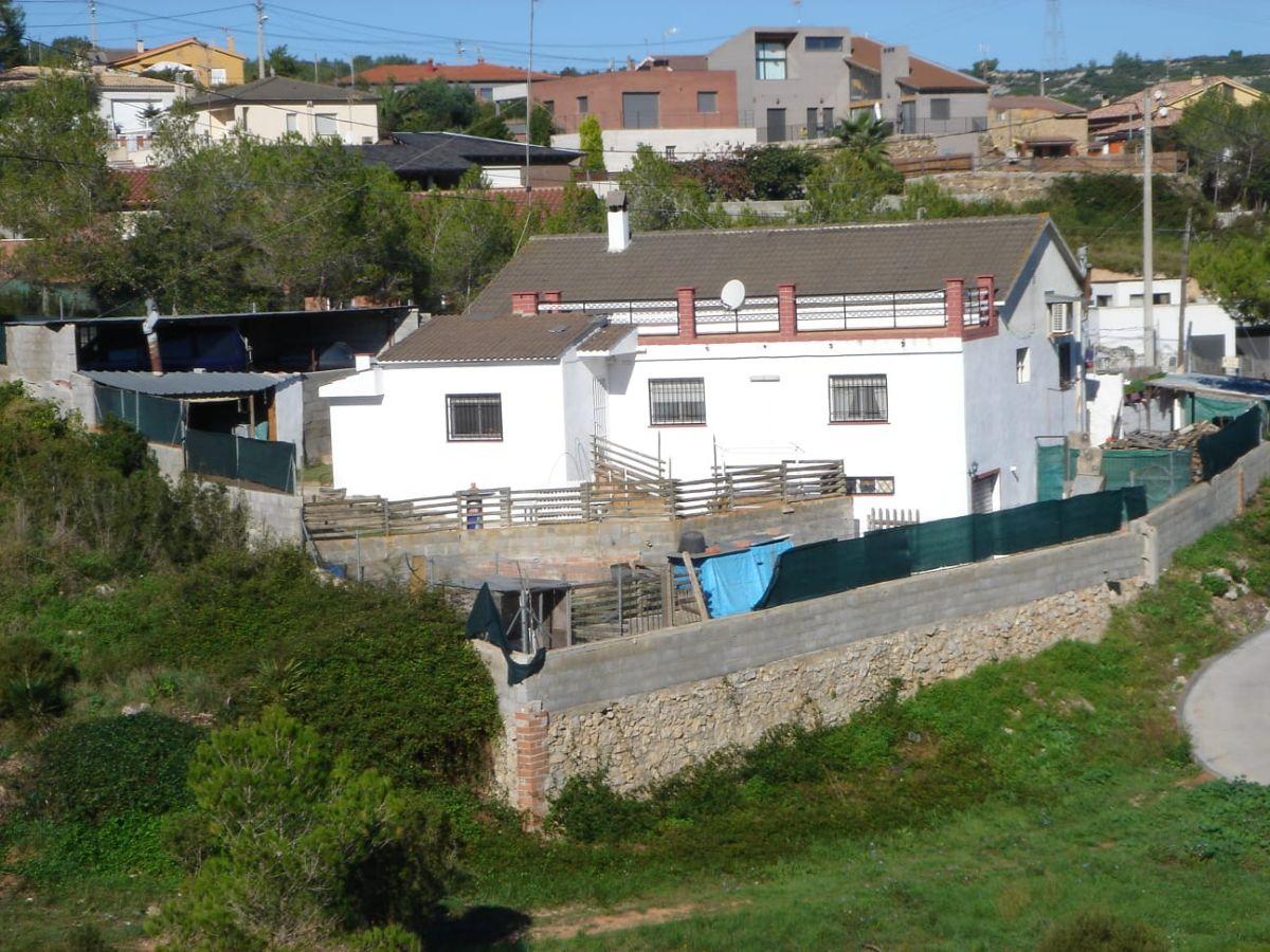 Casa en venta en 45992, Olèrdola, Barcelona, Taronger, 180.000 €, 4 habitaciones, 2 baños, 131 m2