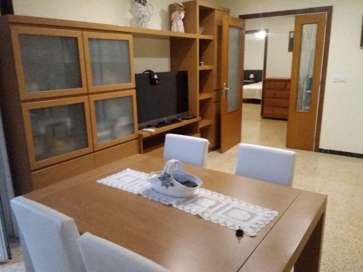 Piso en alquiler en Vilafranca del Penedès, Barcelona, Calle Bisbe Morgades, 700 €, 3 habitaciones, 2 baños, 90 m2