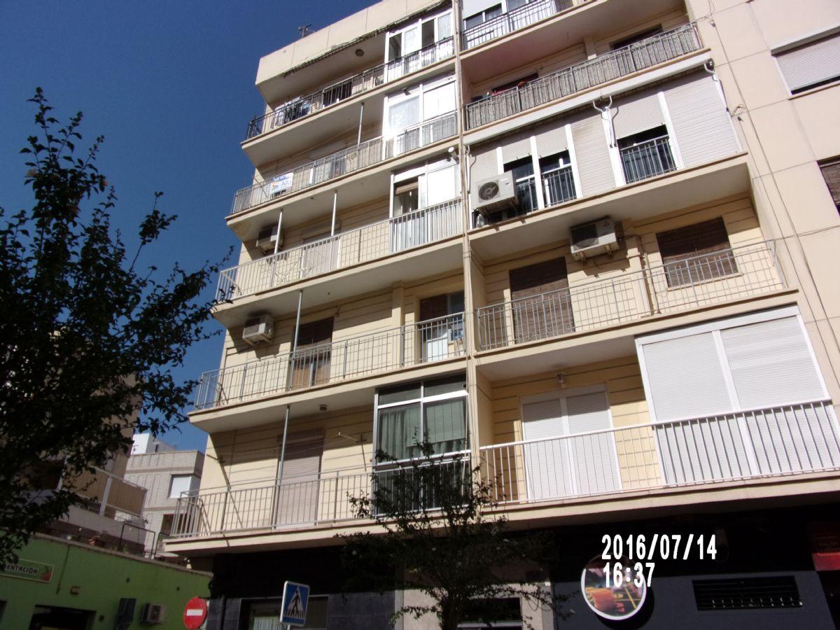 Piso en venta en 40006, Almería, Almería, Calle Marchales, 50.000 €, 3 habitaciones, 1 baño, 86 m2