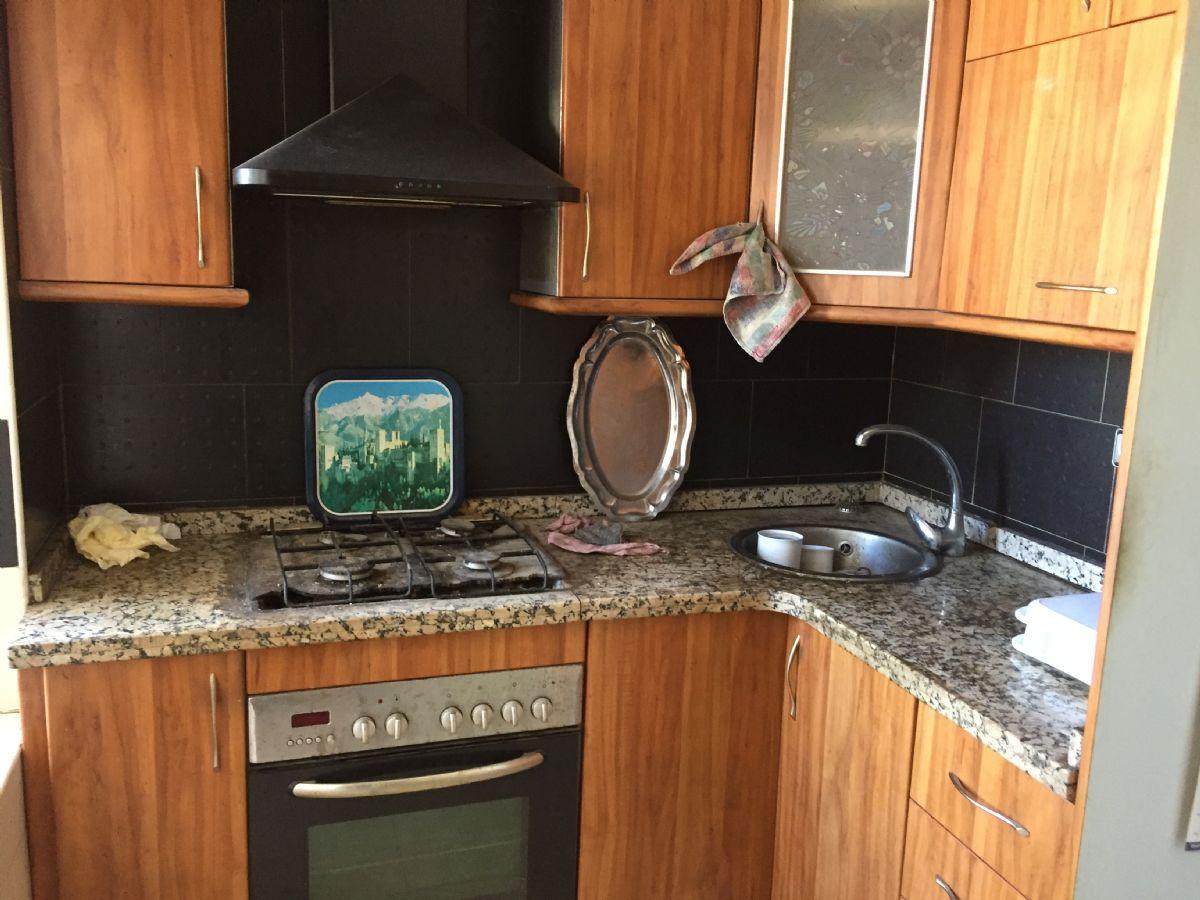 Piso en venta en 40007, Almería, Almería, Calle Ascención, 58.000 €, 2 habitaciones, 1 baño, 78 m2